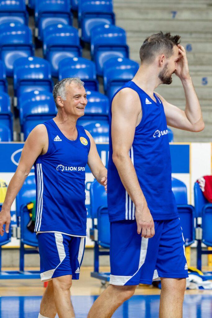 Ivan Trojan na opavském tréninku (s Martinem Gniadkem)  Foto: Petr Widenka
