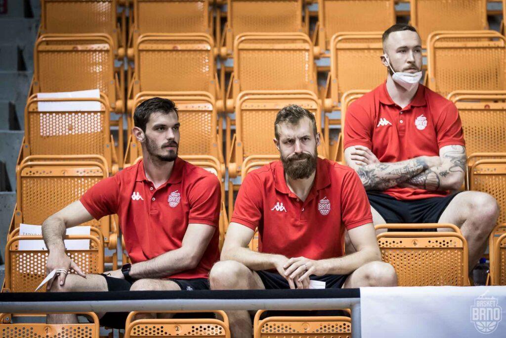 Zraněná trojice Půlpán, Krakovič a Puršl Foto: Jan Russnák